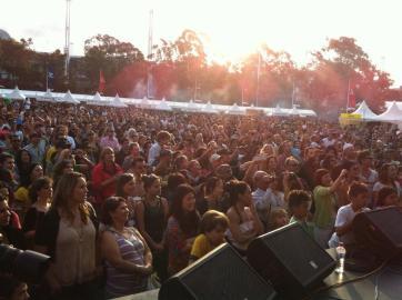 Juliana Areias Sydney - Darling Harnour Ritmo Festival