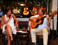 24 House of Music Juliana Areias and Doug De Vries photo Lu