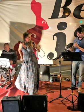 1-img_0323-brasilia-beco-do-jazz-buraco-do-jazz-juliana-areias-bossa-nova-baby