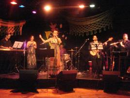 Aquarela Band - first concert in Australia at Kulcha 2009 - Juliana Areias and Luciana Negrao