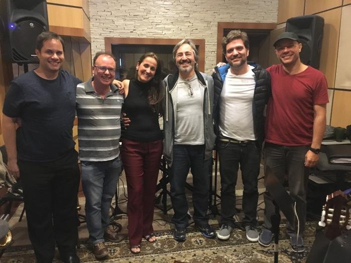 juliana-areias-bossa-nova-baby-orquestra-de-jazz-sinfonica-de-sao-paulo-chico-macedo-rubens-de-donno-marcelo-guelfi-ramon-montagner-dino-barioni