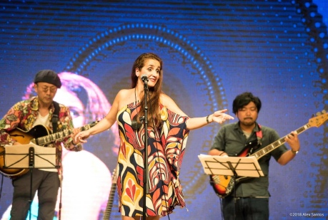 Juliana Areias in Japan by Alex Santos