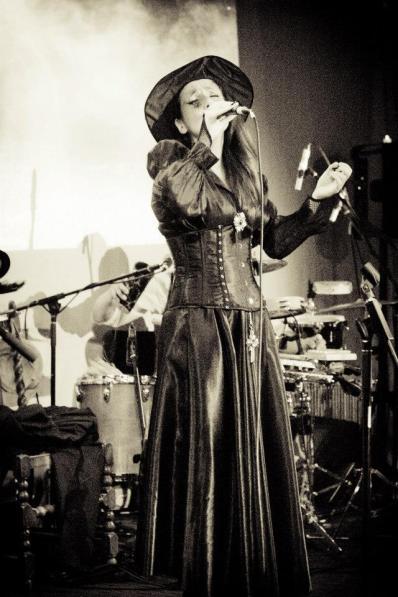 Juliana Areias Nocturnus Steampunk singing 6 2013