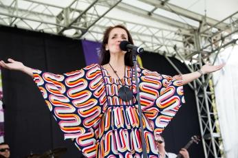 Juliana Areais - Kings Park Festival ok 2014-97
