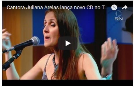 Juliana Areias at TV Record News in Sao Paulo