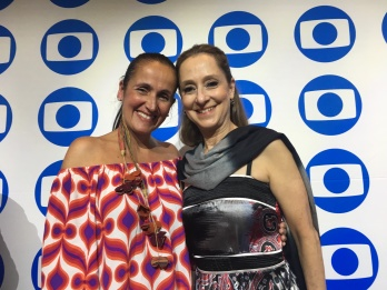 TV Globo International, Miami Florida USA - Focus Brazil Awards - Juliana Areias - Best Brazilian Album released in the US 2019 - Juliana Areias and Ana Botafogo