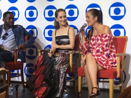 TV Globo International, Miami Florida USA - Focus Brazil Awards - Juliana Areias - Best Brazilian Album released in the US 2019 - Press conference with Lazaro Ramos and Ana Botafogo