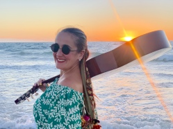 Juliana Areias Sunset Songs Cott 1