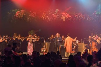 Soloist singers Juliana Areias, Lois Onley, Steve Hensby and The Spirit Ensemble performance with The Perth Symphony Orchestra at 2021 Western Australian of The Year Awards.